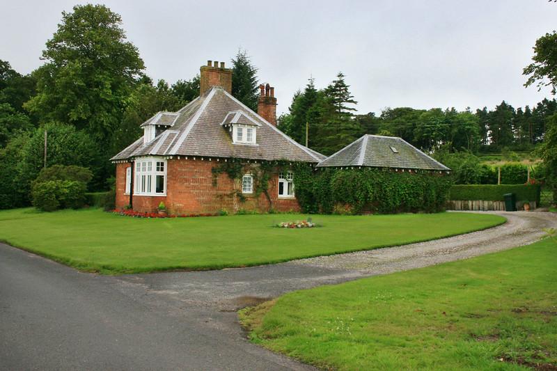 Windsor Cottage, Mount Stuart, Bute.jpg