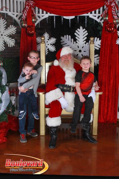 Santa 12-17-16-360.jpg