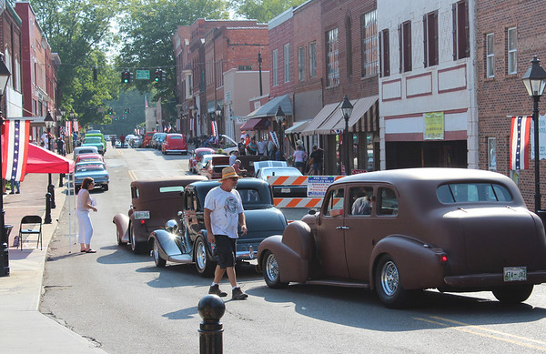2012,  Cruise In July