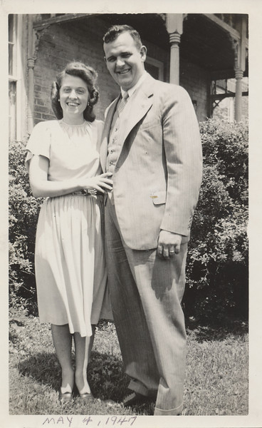 Ellis & Eileen May 4, 1947.jpg