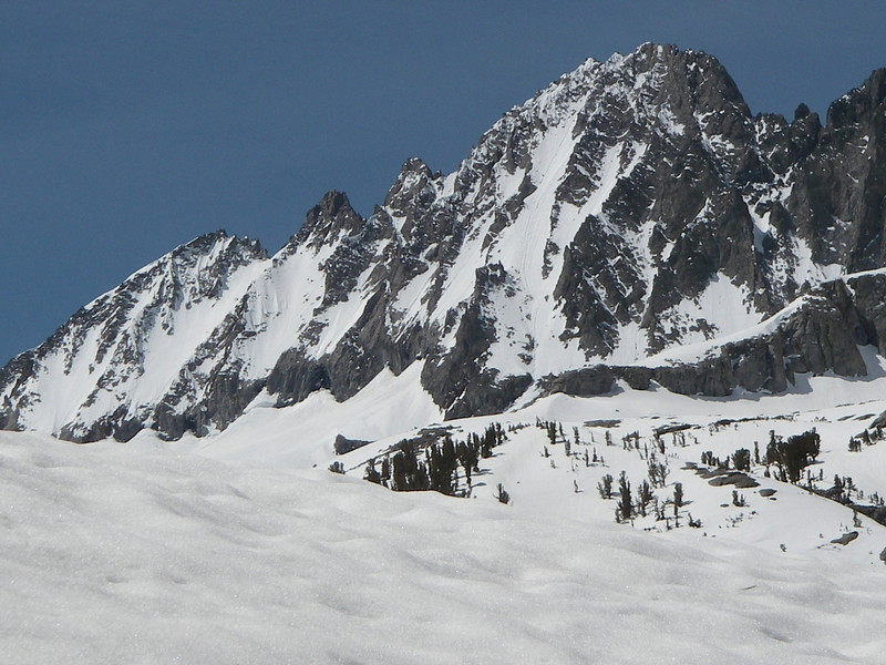 Middle Palisade North-east face (14,040ft = 4.279m)