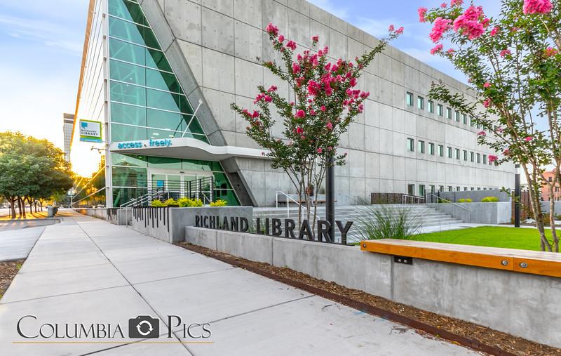 Richland Library Main Photographer Eric Blake (3 of 40).jpg