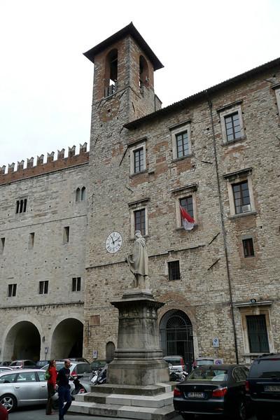 Piazza Garibaldi. Todi, Umbria