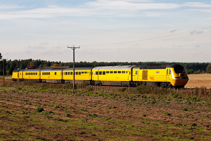 This day the train is made up of four coaches, I have seen it with five and six coaches depending on what it is actually doing.  5/10/2007