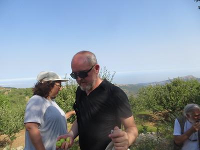 13_Paula's Trail With Ghada Sisters