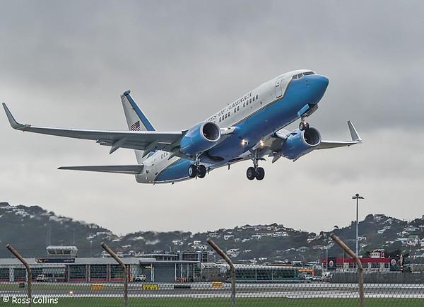 USAF C-40B 10041 at Wellington, 2017