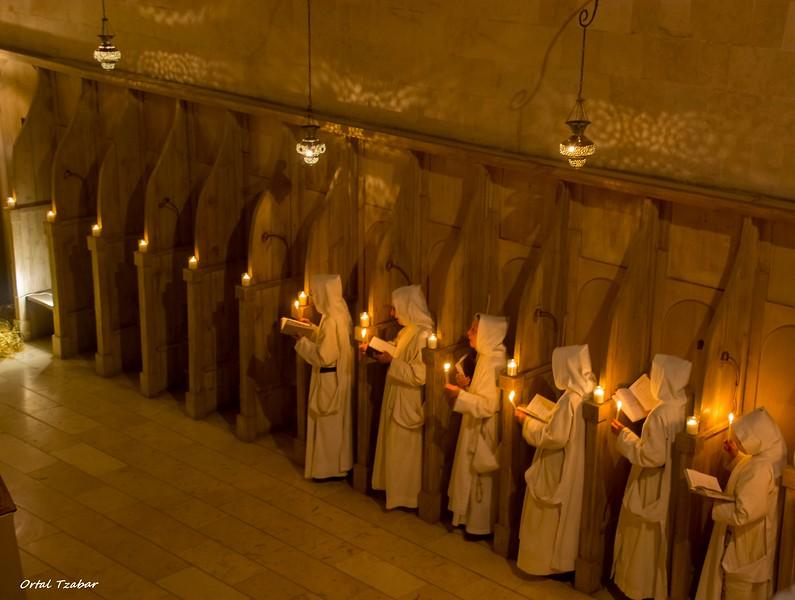 נזירות3.jpg