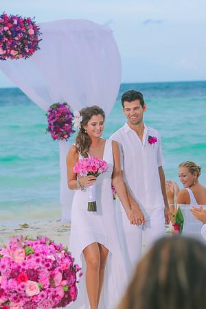 Sarah + Jake   Cancun Wedding