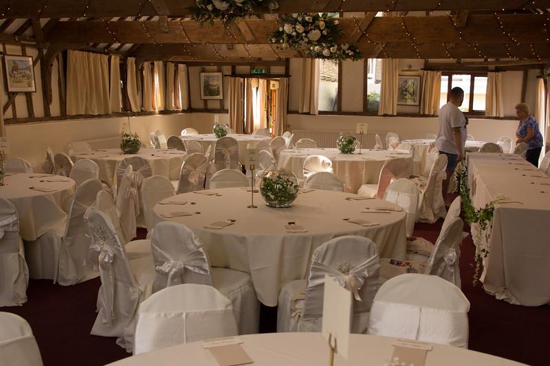 Wedding_Adam_Katie_Fisher_reid_rooms_bensavellphotography-0085.jpg