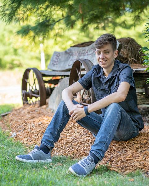 Cody Bonham Senior Photos NO SIG-1820.jpg