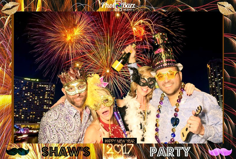 Shaws NYDay Party (87).jpg