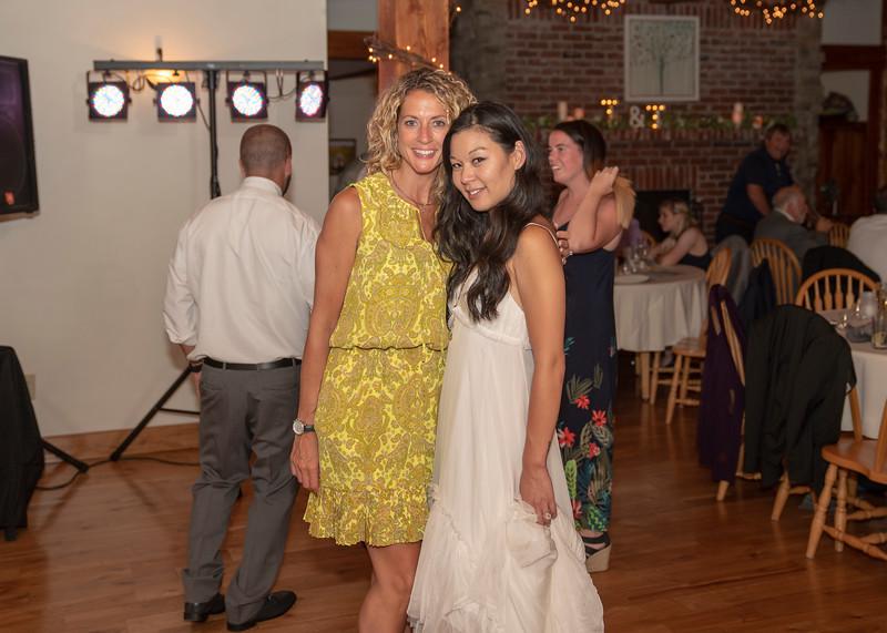 Hartman-Wedding-r-0800.jpg