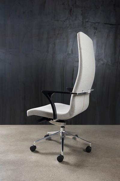 Aspen Chair-2_R3_alt.jpg