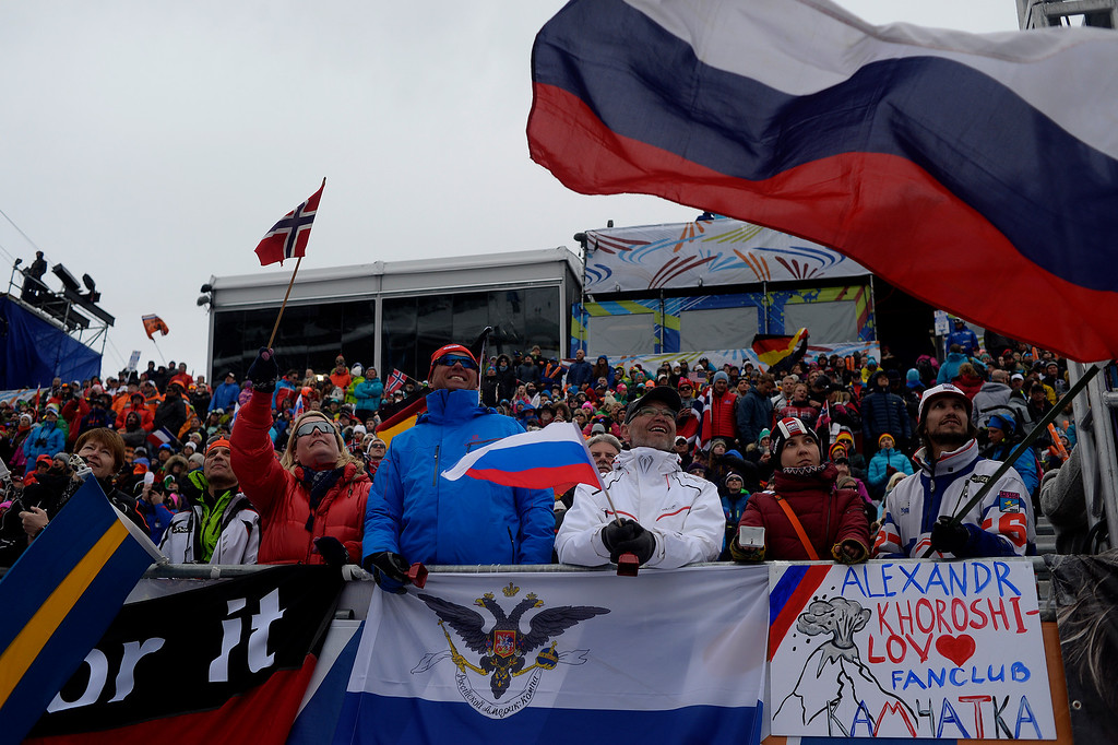 . BEAVER CREEK, CO - FEBRUARY 15: Fans cheer during the men\'s slalom. FIS Alpine World Ski Championships 2015 on Sunday, February 15, 2015. (Photo by AAron Ontiveroz/The Denver Post)