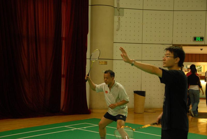 [20100918] Badminton PK with Hou Jiachang (10).JPG