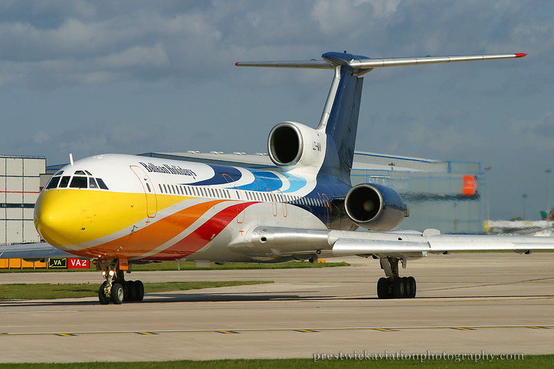 LZ-HMW. Tupolev Tu-154M. Balkan Holidays Air. Manchester. 100503.