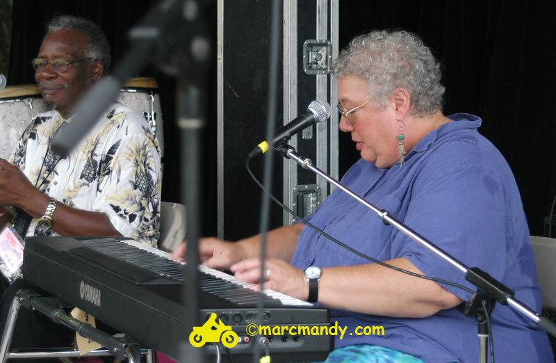 Phila Folk Fest- Sun 8-28 006 Blues Workshop.JPG