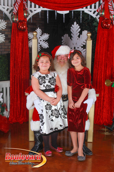 Santa 12-10-16-256.jpg