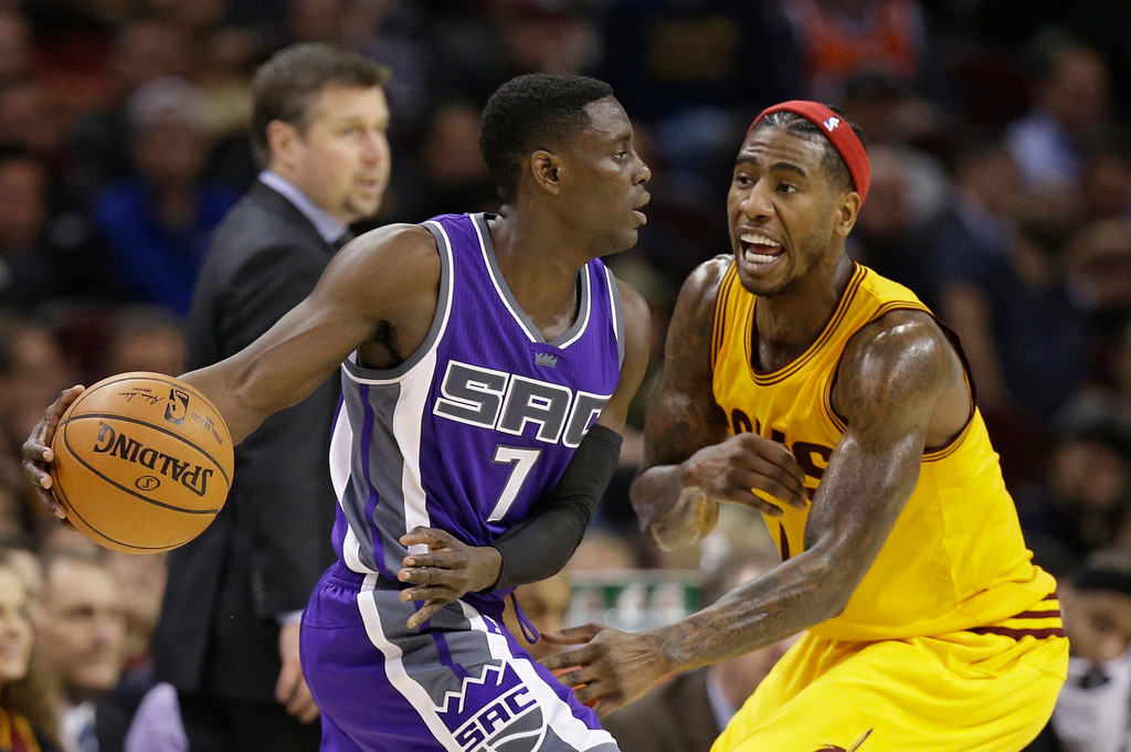 . Sacramento Kings\' Darren Collison (7) drives against Cleveland Cavaliers\' Iman Shumpert (4) in the second half of an NBA basketball game, Wednesday, Jan. 25, 2017, in Cleveland. The Kings won 116-112 in overtime. (AP Photo/Tony Dejak)