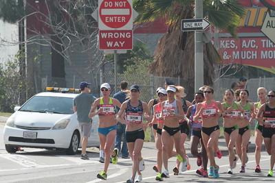 Women at 7 Mile Mark