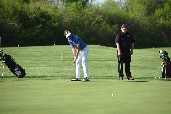 Boys Golf at Waverly Invite