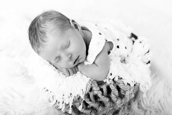 {Walton} Newborn
