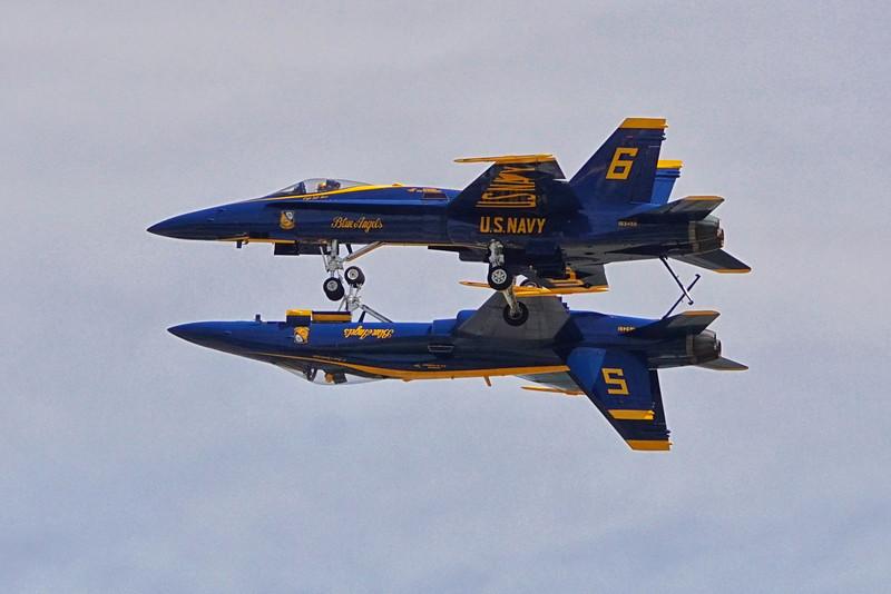 DSC02617-blue angels2.jpg