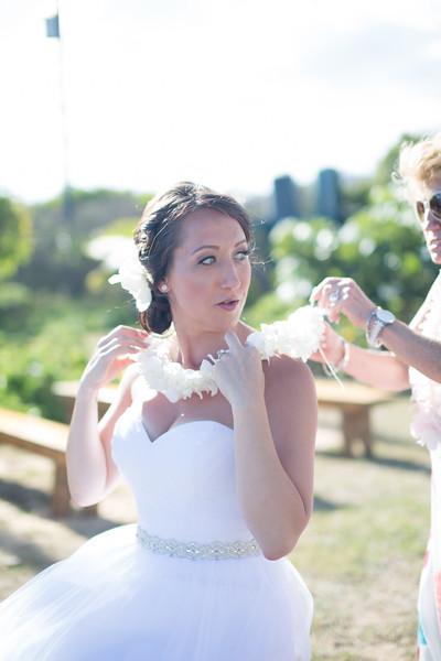 gillin beach kauai wedding-133.jpg