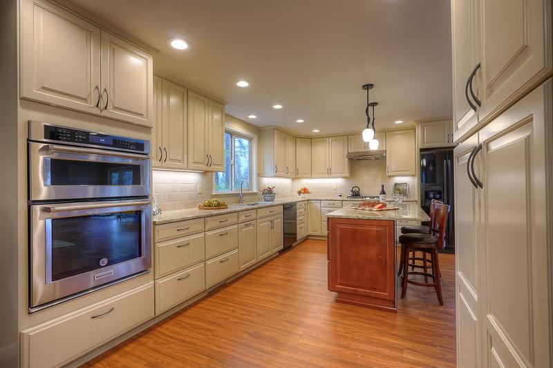 Hyland Cabinets - 2701 32nd Ave SE