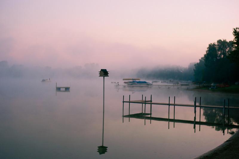 Pretty Lake @ dawn-2.jpg
