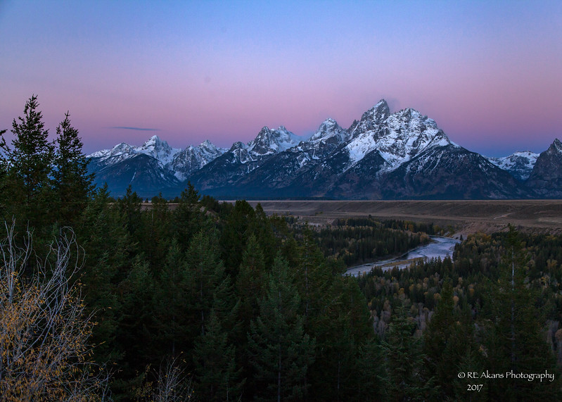 Dawn at Tetons 0395.jpg