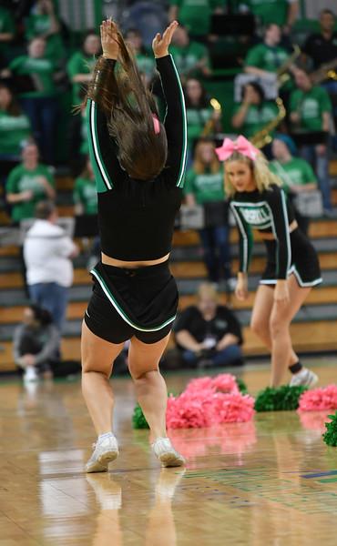 cheerleaders3321.jpg