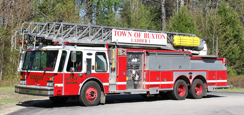 Ladder 1   1985 E-One Hurricane.  1000 / 300 / 100' RM