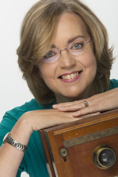 Maureen Taylor pic.jpg