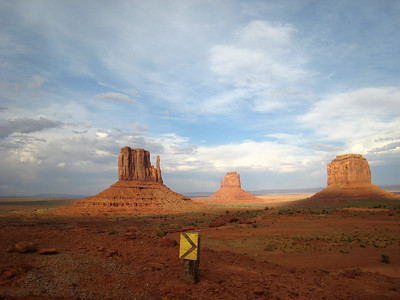 Monument Valley: May 13-14, 2007