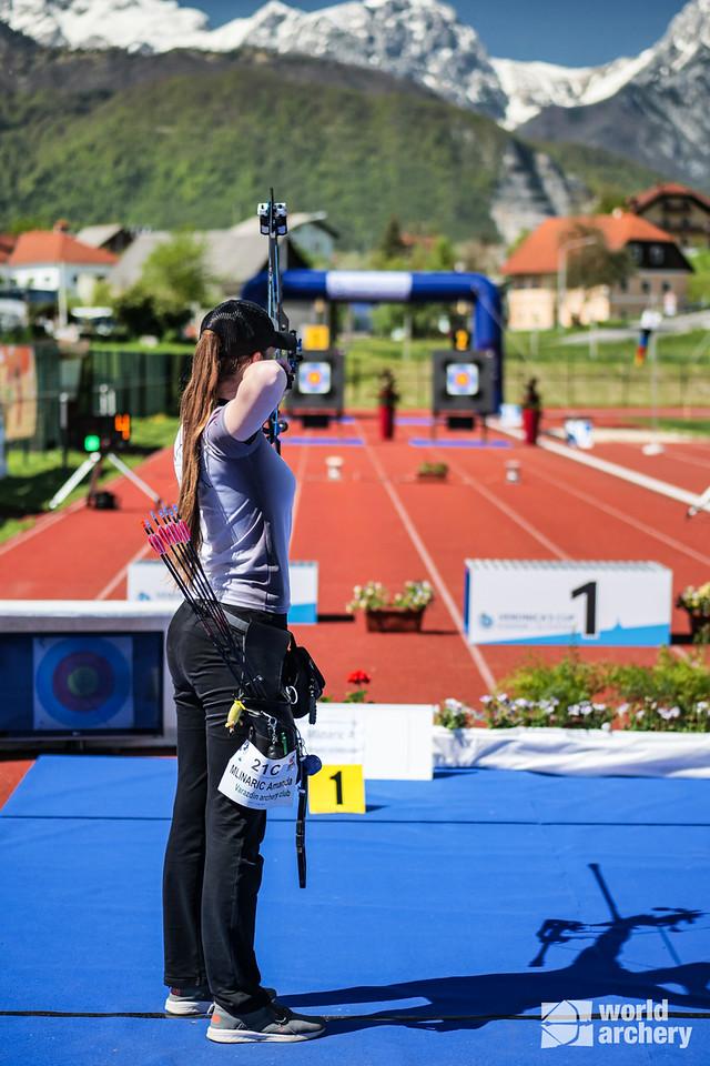 Amanda Mlinaric shoots during finals at the 2021 Veronica's cup in Kamnik, Slovenia.