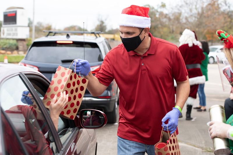 2020_Christmas Drive-Thru_069.jpg