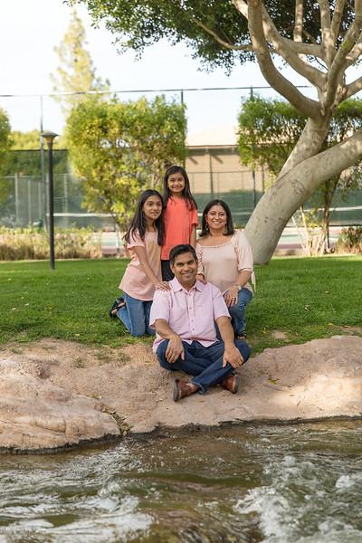 Urvi Family-7.jpg