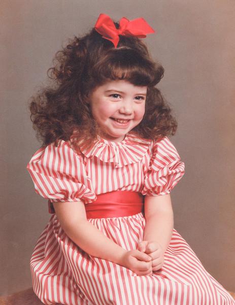 6-1987-Christmas-Jenna.jpg