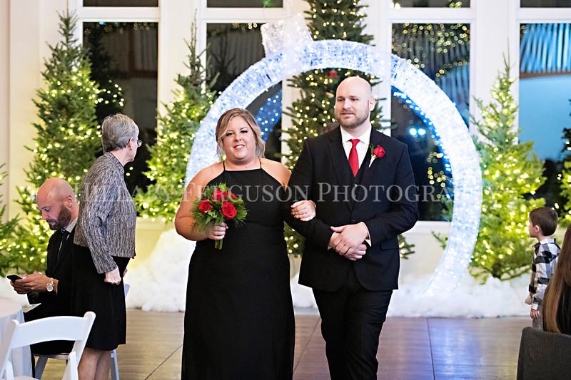 Hillary_Ferguson_Photography_Melinda+Derek_Ceremony120.jpg