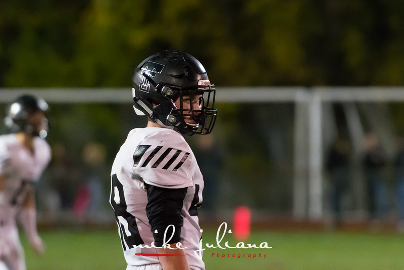 20181012-Tualatin Football vs West Linn-0449.jpg