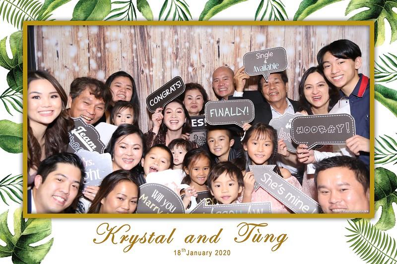 Krystal-Tung-wedding-instant-print-photo-booth-in-Ho-Chi-Minh-City-Chup-hinh-lay-lien-Tiec-cuoi-WefieBox-Photobooth-Vietnam-033.jpg