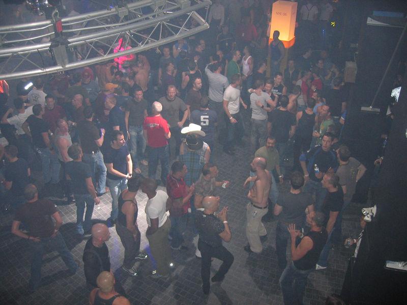 dance_floor_1.jpg
