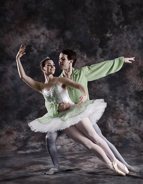 Studio Portrait Session from Artur Sultanov's Russian Ballet Academy Nutcracker.  ©2010, James McGrew