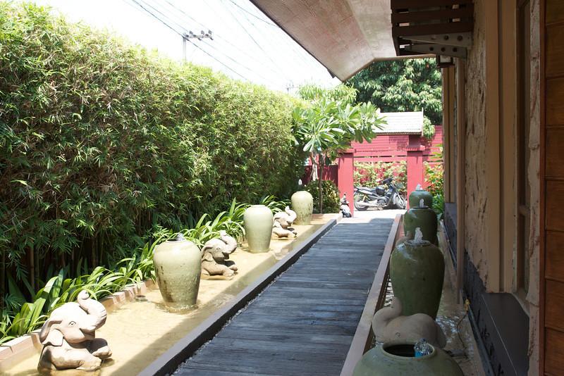 Roewe_Thailand 15.jpg