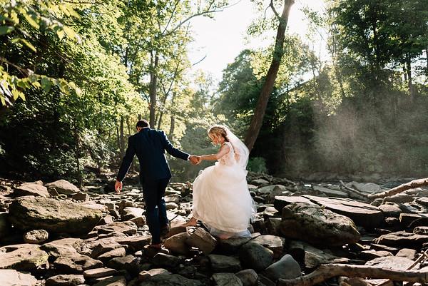 Cleveland Wedding Photographer   MaKaela & Tony's Sapphire Creek Wedding