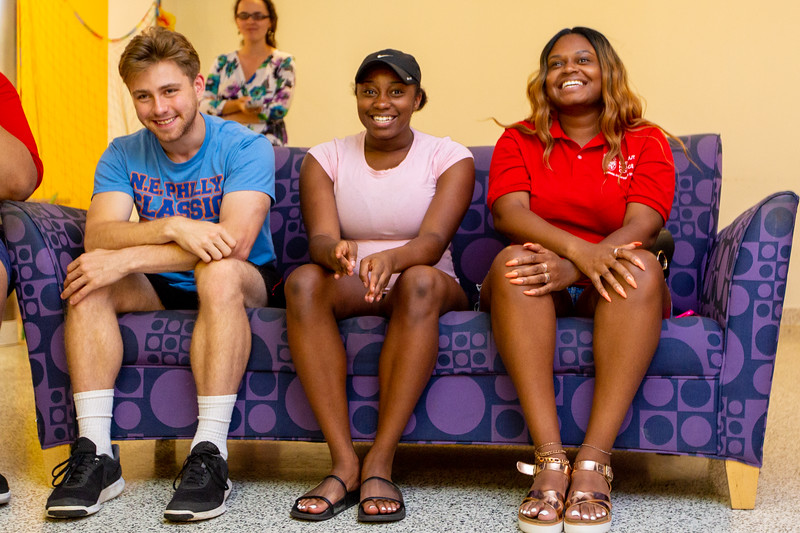 20190822_International Student Move in_Margo Reed Photo-15.jpg
