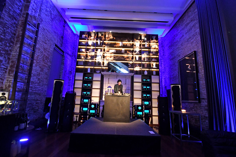 Urban Daddy Holiday 2017 Party
