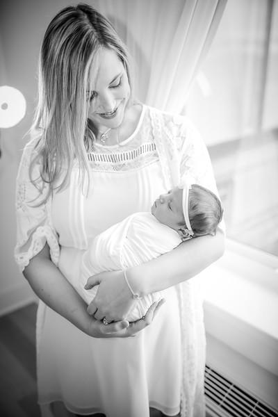 bw_newport_babies_photography_hoboken_at_home_newborn_shoot-5208.jpg