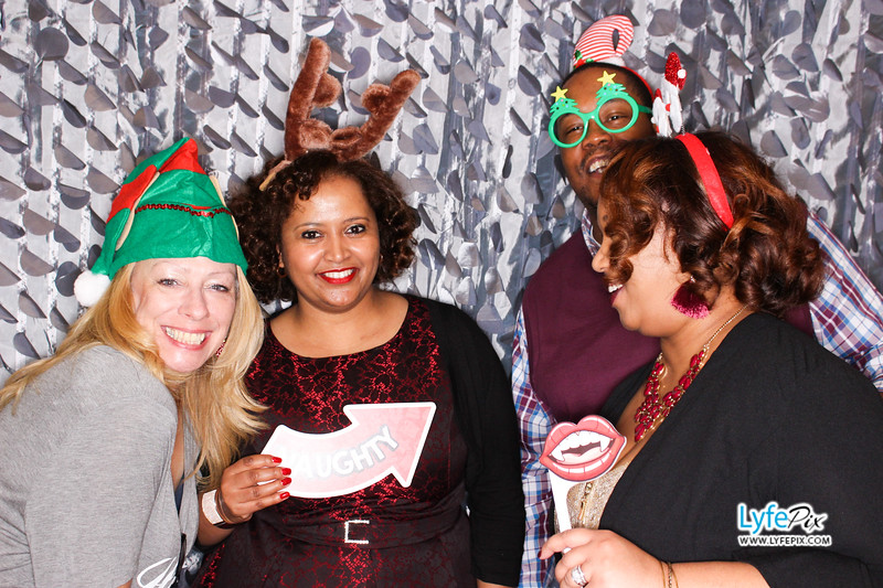 red-hawk-2017-holiday-party-beltsville-maryland-sheraton-photo-booth-0188.jpg